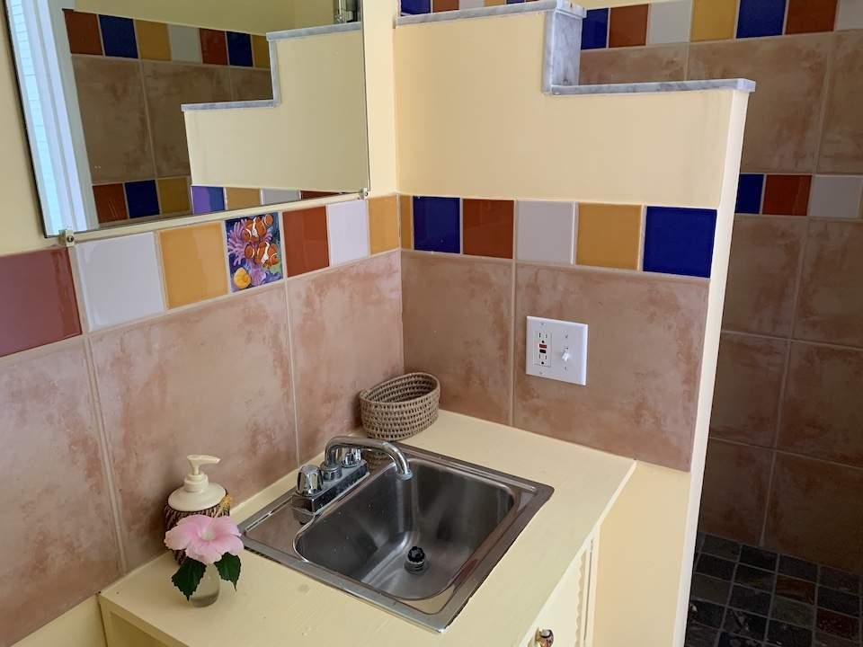 Bathroom-1-Kaleidescopr