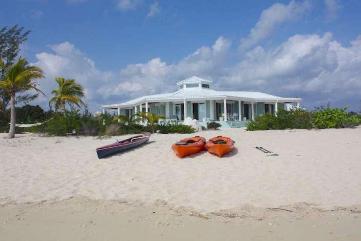 3/2 Beachfront Island Home