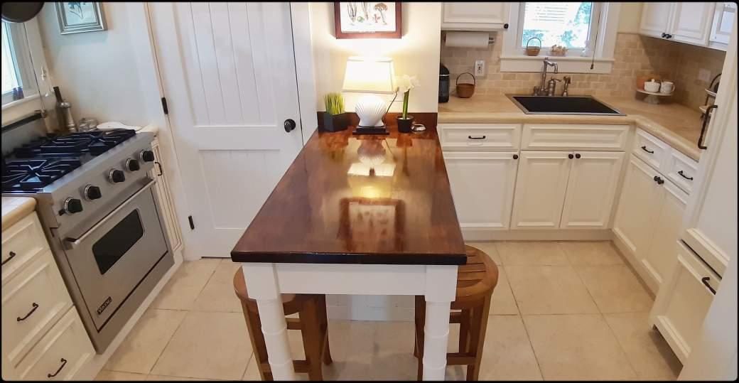 Cottage - Kitchen/Dining