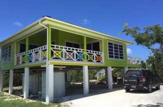 1/1 Beach Access Cottage